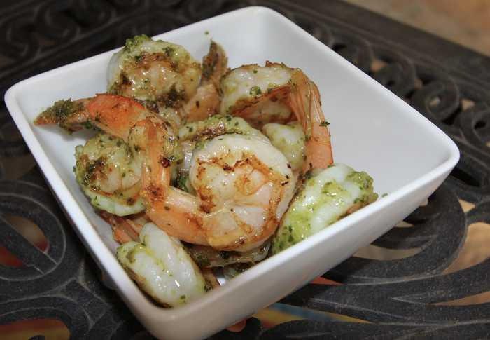 Grilled Shrimp with Pesto -- shrimp marinated in a pesto sauce, grilled to perfection! | suebeehomemaker.com