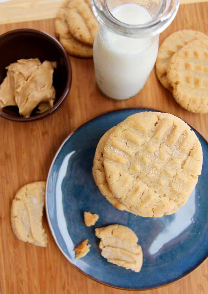 Best Ever Peanut Butter Cookies - SueBee Homemaker