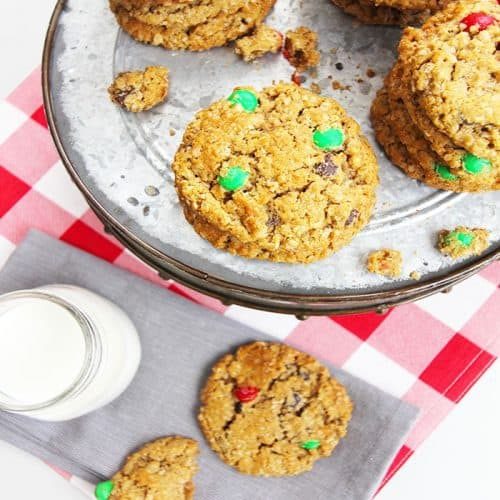 M&M Monster Cookies -- a delicious cookie full of m&ms, chocolate chips, peanut butter, and oatmeal! | suebeehomemaker.com