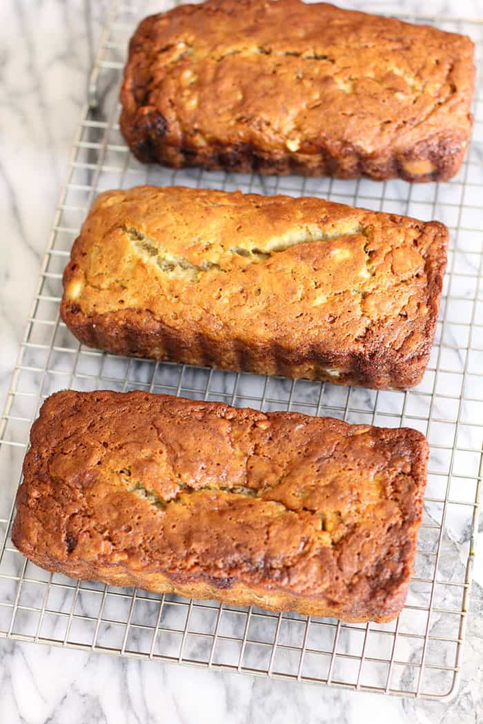 Norma Jean's Easy Banana Bread is a classic recipe. Six WHOLE pureed bananas and canola oil make this super moist and delicious EVERY time!   suebeehomemaker.com