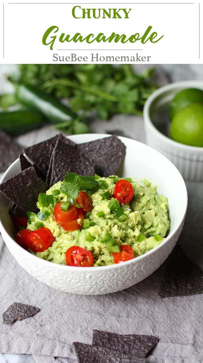 Chunky Guacamole is a super easy 6-ingredient appetizer, made with avocados, jalapeño, freshly squeezed lime juice, garlic salt, tomatoes, and cilantro. | suebeehomemaker.com | #chunkyguacamole #guacamole #chipsandguacamole #texmex #appetizer