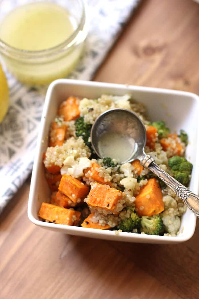 Serve this Roasted Vegetable Quinoa Salad at room temperature or cold. A generous drizzle of fresh lemon dressing makes this protein-packed salad so tasty! | suebeehomemaker.com