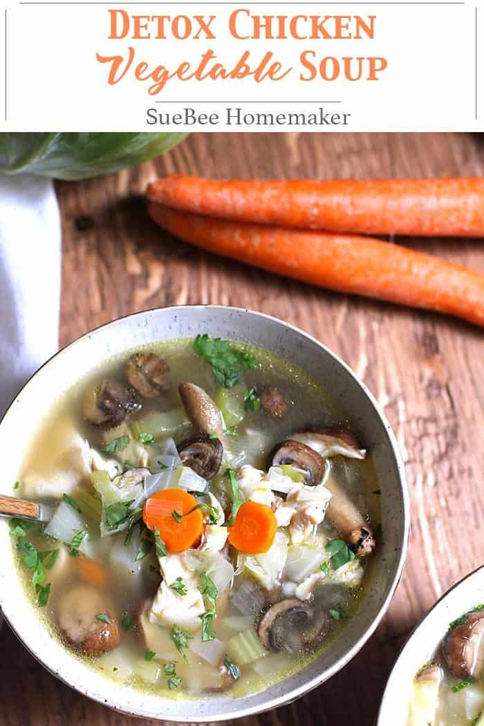 Detox Chicken Vegetable Soup is full of lean chicken breast, healthy vegetables, and a small amount of barley. Rich in antioxidants, vitamins and minerals! | suebeehomemaker.com | #detoxsoup #chickenvegetablesoup #soup #healthyrecipe