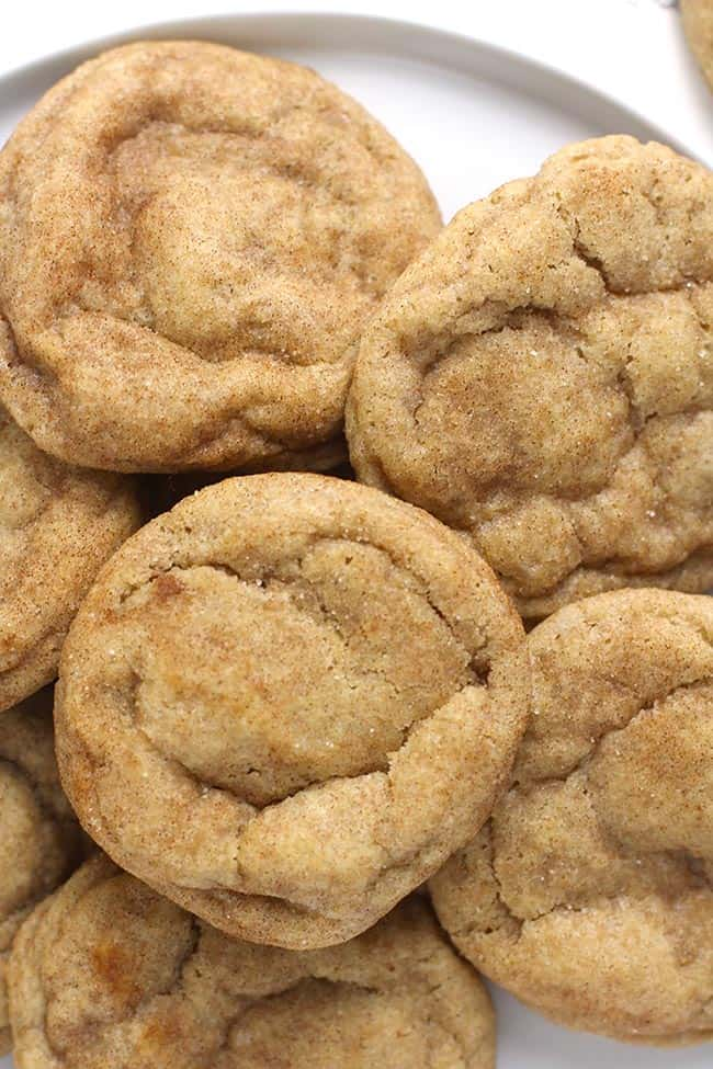 Close up of a plate of snickerdoodle cookies.