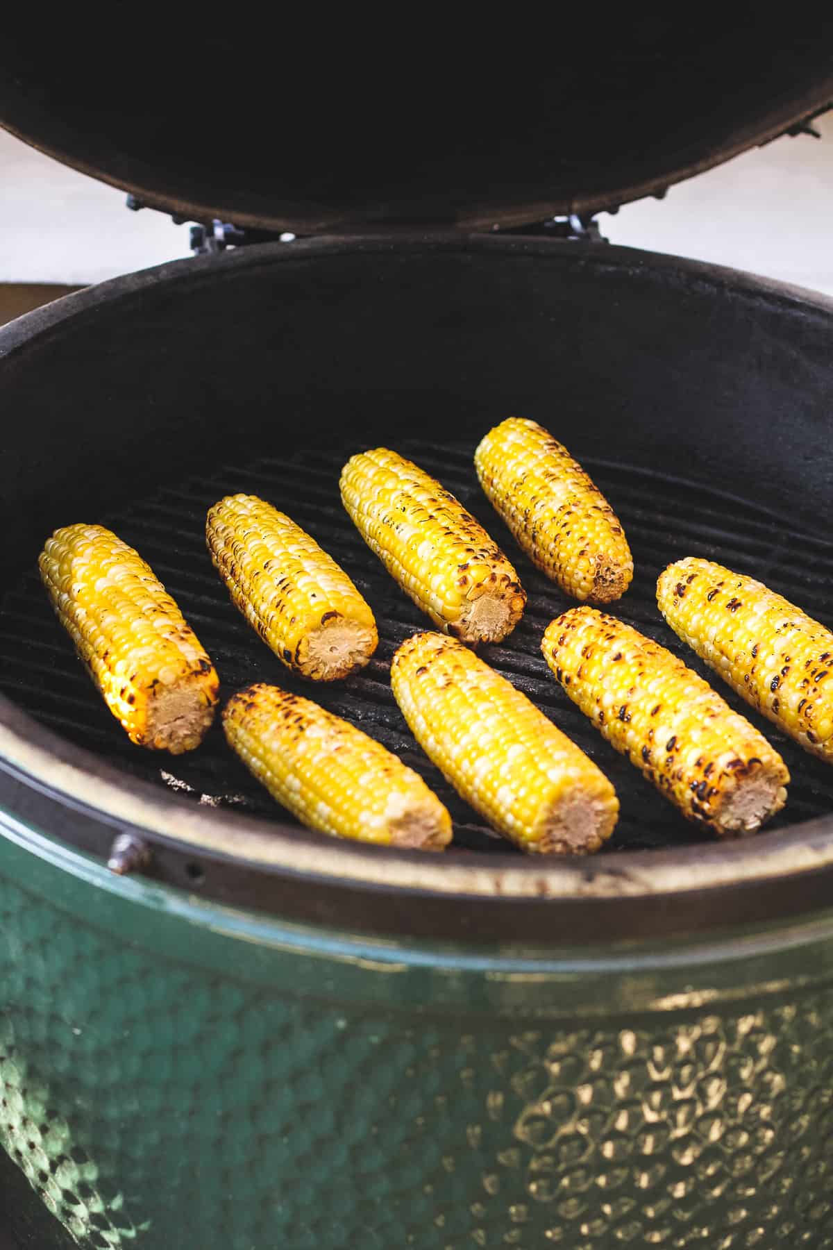 The BGE with the corn grilling.