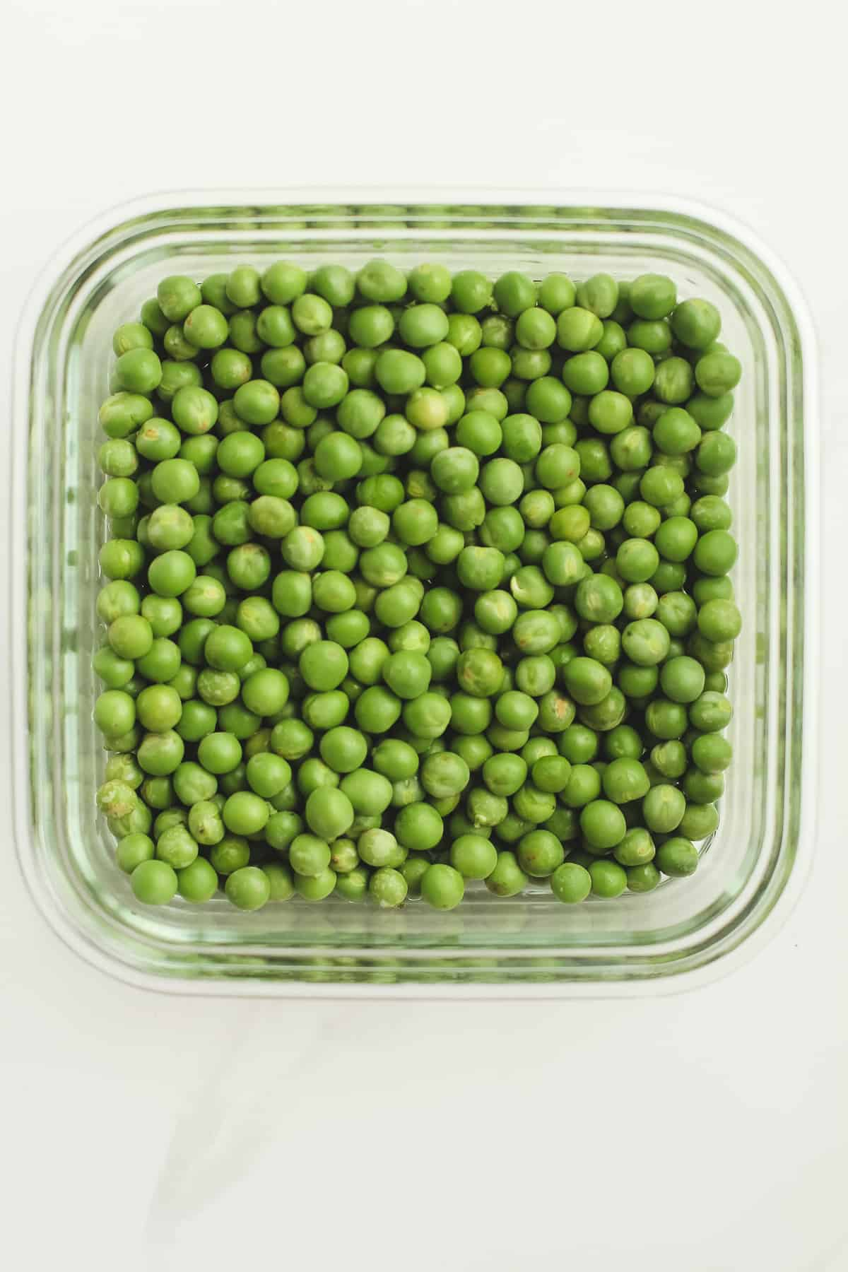 A bowl of the spring peas.