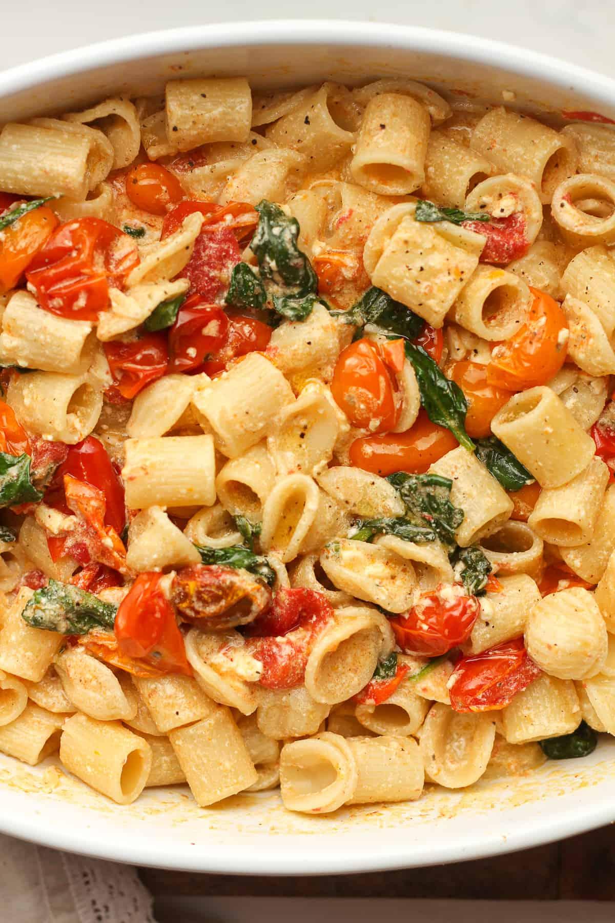 A closeup of the feta pasta.