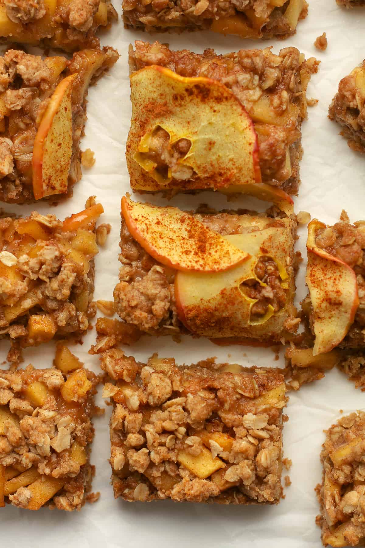 Closeup on some sliced apple crumb bars.